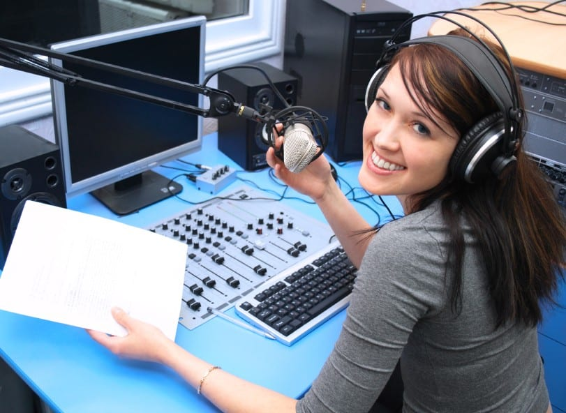 Podcasts and radio in the ESL classroom - Authentic Material TESOL