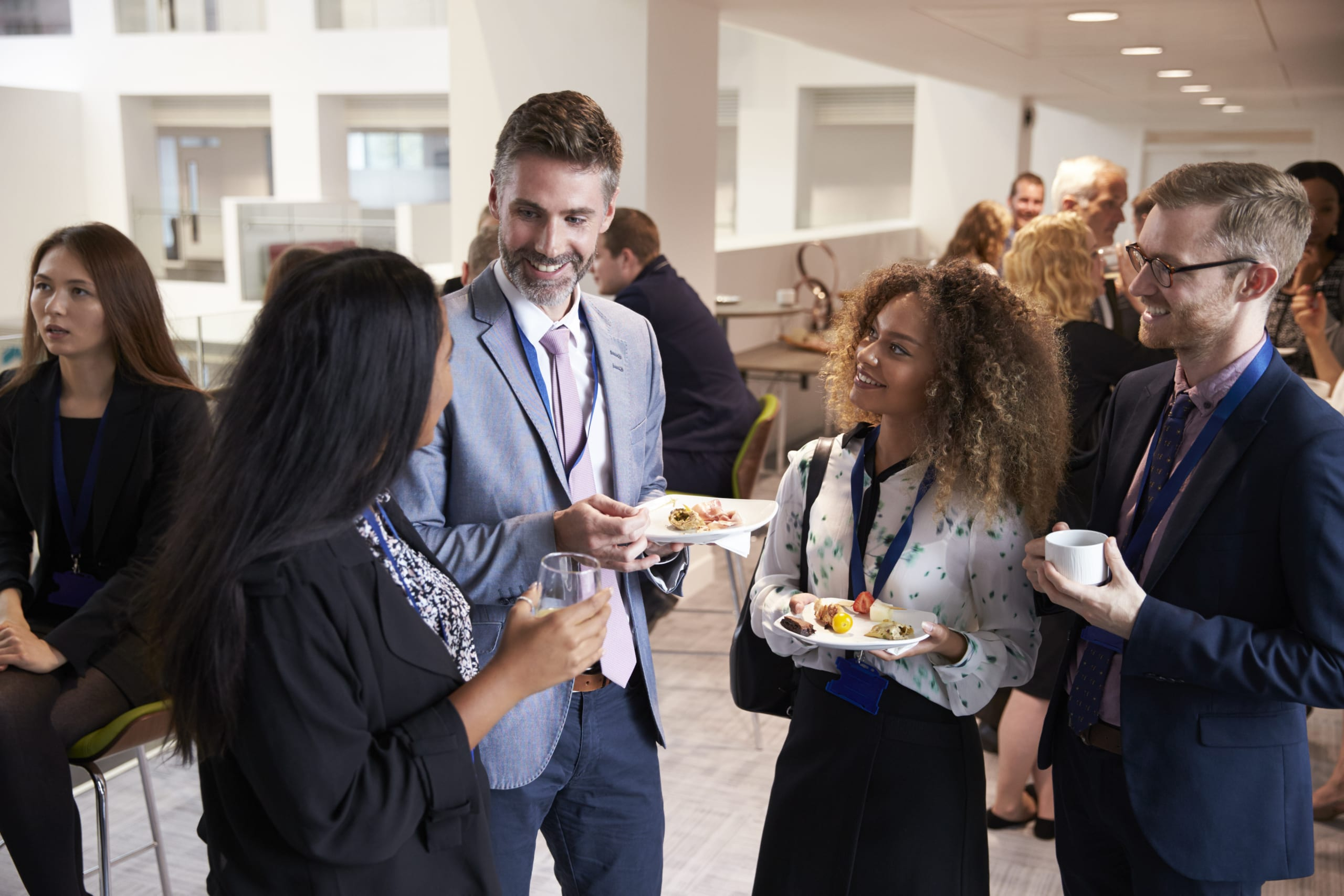 Teaching Business Learners to Socialize -networking
